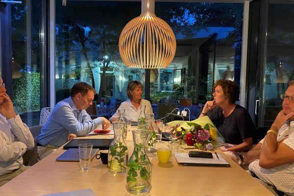 3 nieuwe commissarissen Helpt Elkander benoemd